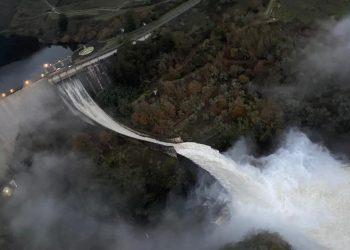"""Alianza Verde critica a Naturgy por exigir compensaciones millonarias al Gobierno, """"que está plenamente legitimado para establecer caudales ecológicos"""""""