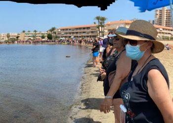 El abrazo ciudadano al Mar Menor pone punto final a la campaña Mediterráneo en Acción