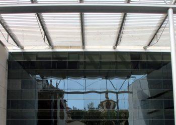 Unidas Podemos pregunta al Gobierno por los trabajadores que se quedarán sin empleo con las nuevas oposiciones para los oficios del teatro