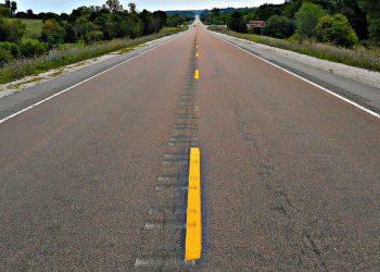 FACUA Asturias insta a Infraestructuras a solventar las deficiencias de la carretera LLN-2