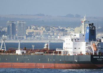 Cruce de acusaciones entre Irán e Israel tras el ataque a un petrolero en las costas de Omán