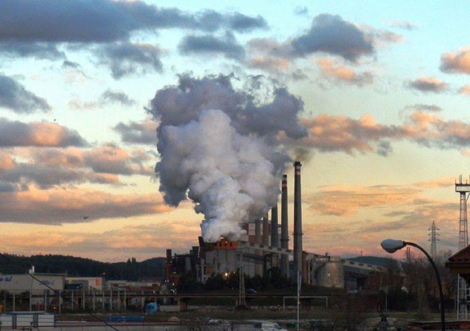 «8 días seguidos de polvo de carbón que lleva sufriendo los vecinos de Castrillón y Avilés»