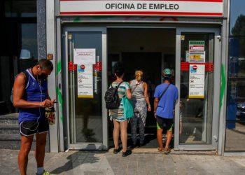 Casi 5 millones de personas en España no pueden pagarse una semana de vacaciones