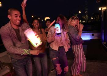 Siguen triunfando los altavoces bluetooth en fiestas privadas