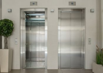 IU solicita al Ayuntamiento de Sevilla que se agilicen las ayudas la instalación de ascensores
