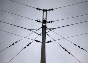 El precio de la luz alcanza el máximo histórico y se sitúa este lunes en 106,74 euros el megavatio hora