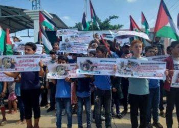 Hamás critica la reunión de Mahmud Abbas con el ministro de Defensa sionista