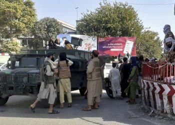 Por qué los talibanes avanzan tan fácilmente en Afganistán, recuperando cada vez más el poder perdido en el 2001