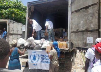 Llamamiento de ayuda humanitaria urgente para Haití entre las nuevas réplicas sísmicas y la llegada de más huracanes