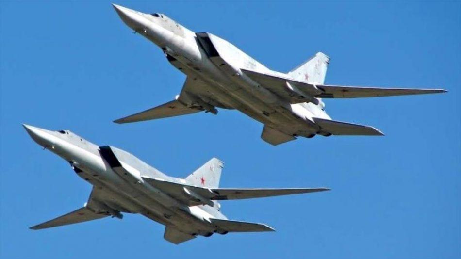Rusia envía estratégicos Tu-22m3 a Siria contra Turquía