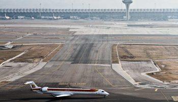 Alertan del impacto ambiental y de la especulación asociada a la ampliación del aeropuerto de Barajas
