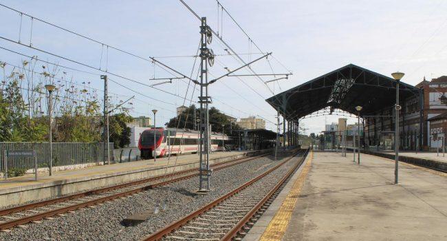CCOO se opone al acuerdo entre el Ministerio de Transportes y el Gobierno de Aragón para sustituir el ferrocarril por autobuses