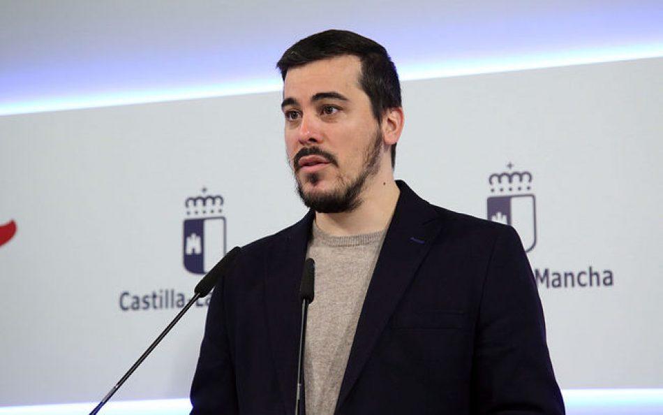 Duras críticas de Podemos a la «Ley Antiocupación» de Castilla-La Mancha