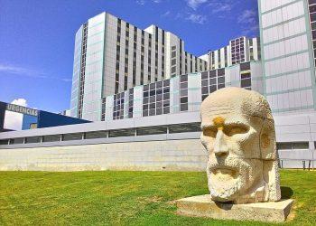 El Hospital Ramón y Cajal desarrolla un modelo que predice el riesgo de COVID-19 grave