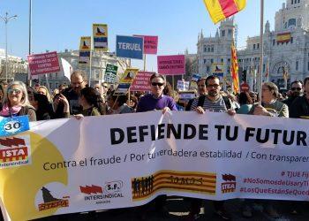 La Confederación Intersindical anima a la participación en la manifestación por la estabilidad del personal temporal e interino en fraude de ley