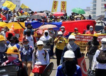 Colombianos marcharán contra la agenda neoliberal del presidente Iván Duque