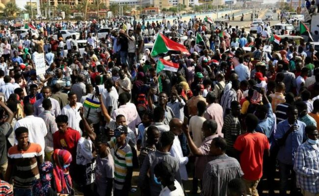 Golpe de estado en Sudán: militares arrestan al primer ministro