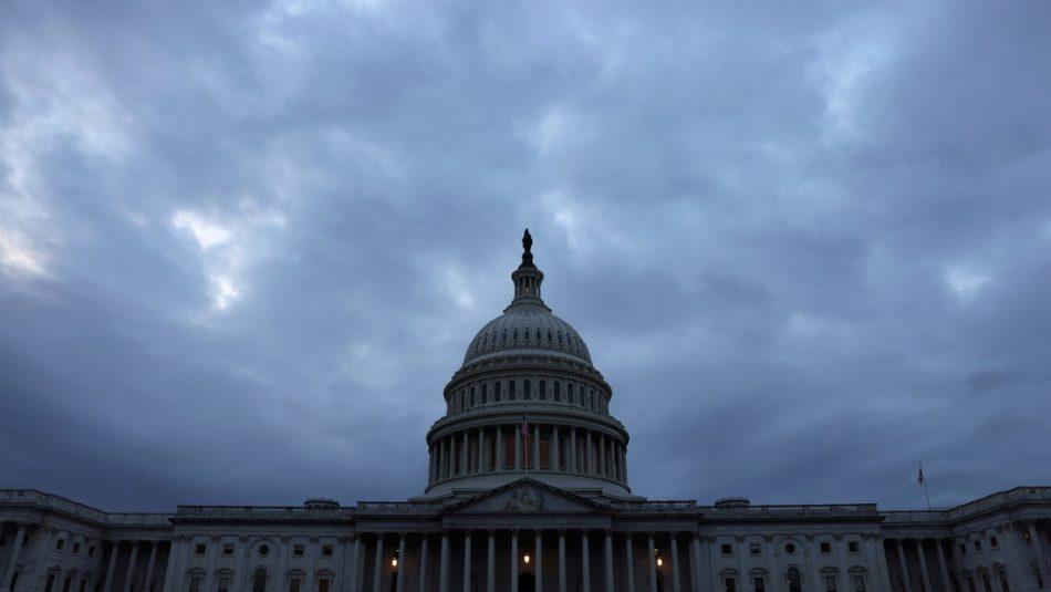 Cámara de Representantes evita una posible suspensión de pagos de deuda