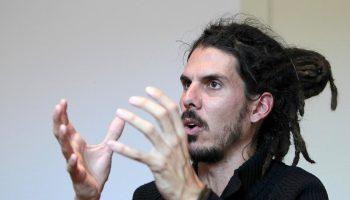 """IU muestra el """"máximo respeto"""" por las decisiones de Alberto Rodríguez y se pone a su disposición """"para todo lo que necesite"""" tras las maniobras sufridas para dejarle sin escaño"""
