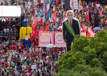 Nueva jornada de protesta en Brasil para exigir la dimisión de Bolsonaro