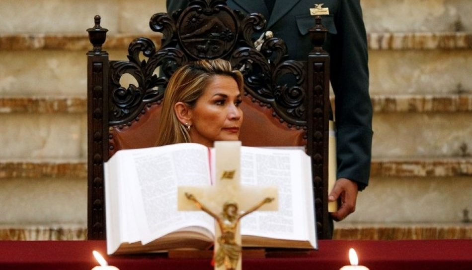 La justicia boliviana sentencia que la autoproclamación de Jeanine Añez fue inconstitucional