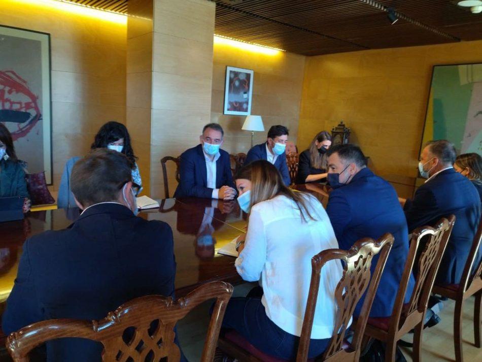 """Unidas Podemos y el Grupo Municipalista de IU-Podemos-Comuns en la FEMP avanzan en su coordinación para que """"la agenda municipalista llegue mejor al Congreso y a las instituciones"""""""