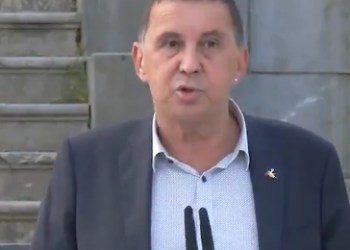 """IU saluda el paso dado hoy por la izquierda abertzale y valora que """"obliga a la sociedad vasca y a la del conjunto del Estado a avanzar hacia una situación de completa normalidad"""""""