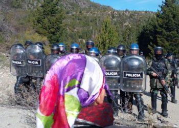 Nación Mapuche. Finalmente Aníbal Fernández enviaría fuerzas federales represivas a El Bolsón y Bariloche