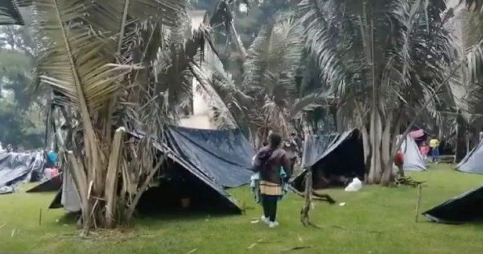 Indígenas se concentran en Bogotá tras desplazamientos masivos
