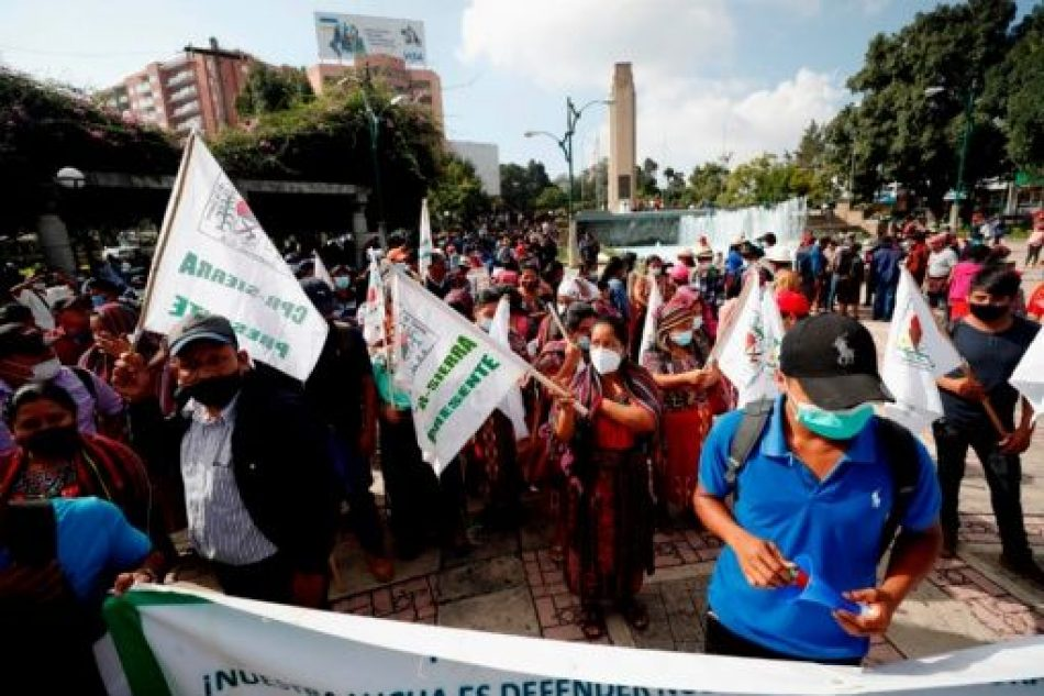 Marchan contra discriminación de pueblos indígenas en Guatemala