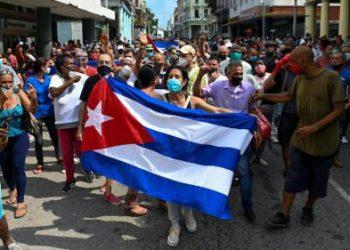 Cuba: acción, reflexión, autocrítica